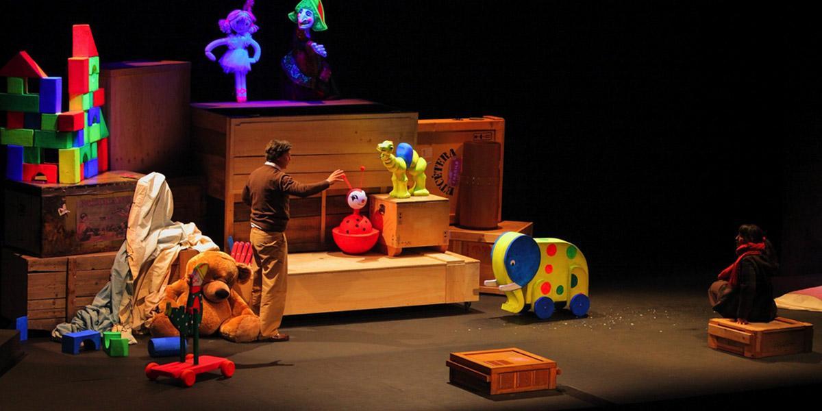 Sala BBK La caja juguetes